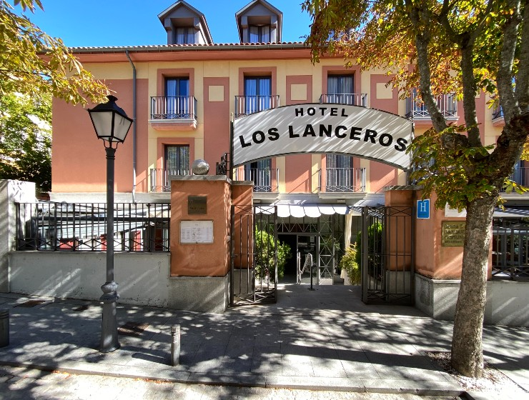 Hospedium Hotel Los Lanceros